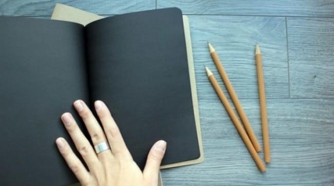 блокнот-с-черными-страницами