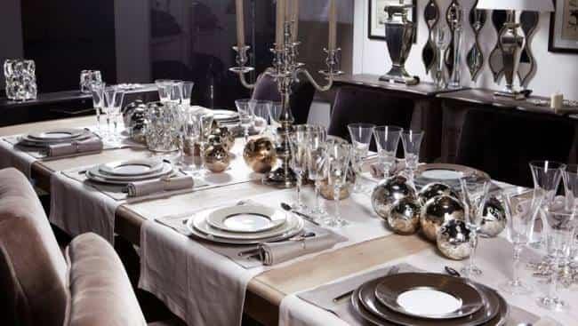 новогодний-стол-серебро