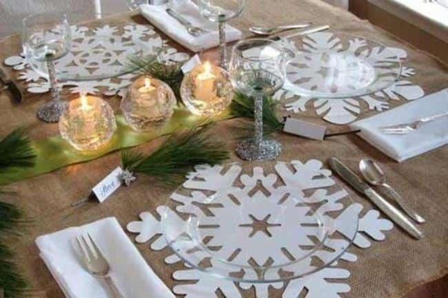 новогодний-стол-свечи