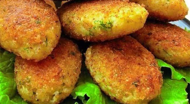 картофельные-оладьи-зелень